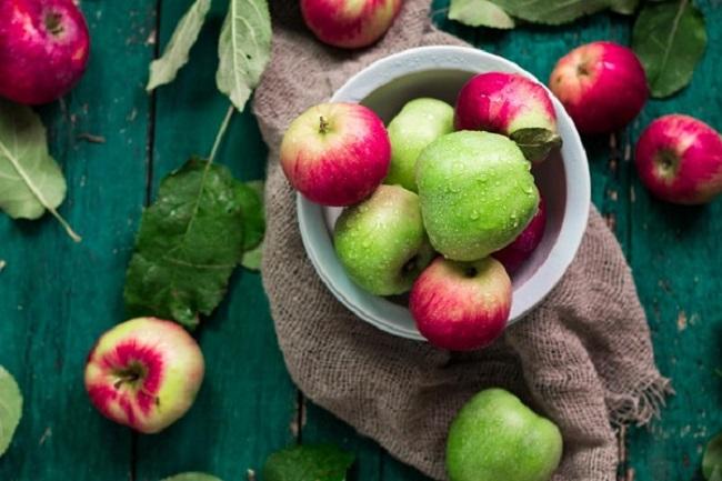 Ngày 1 - Thực đơn giảm cân bằng táo xanh