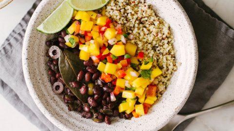 Bữa sáng dành cho người giảm cân với đậu đen rất tốt nhờ hàm lượng chất xơ hoà tan cao