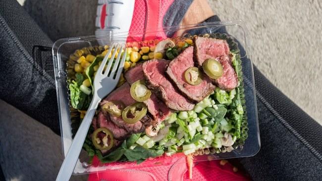 Chế độ ăn giảm cân cho người tập gym không có nghĩa là bạn không được ăn ngon