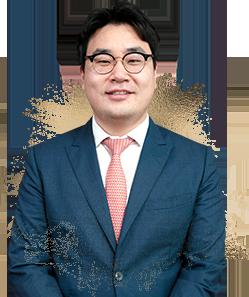 Dr. Jin Woo Jang - Chuyên gia tư vấn trực tuyến
