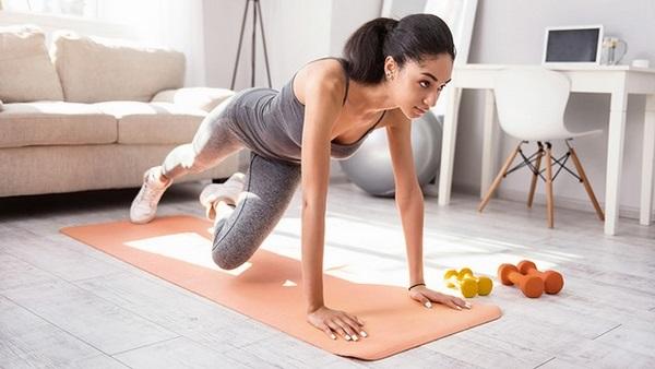 Các bài tập này sẽ giúp bạn khỏe mạnh hơn và ngăn mỡ thừa chảy xệ đấy