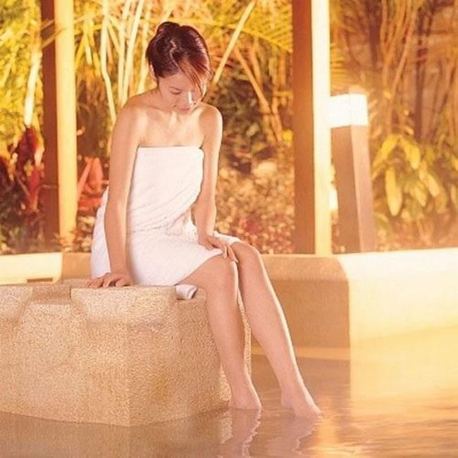 Phương pháp xông hơi giảm béo là sử dụng khí nóng làm giãn nở lỗ chân lông đào thải calo và độc tố