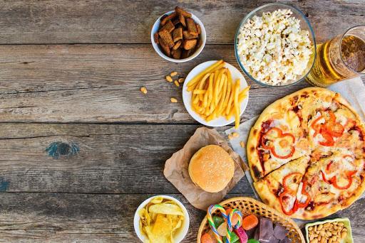 Hạn chế sử dụng tinh bột, và đồ dầu mỡ giúp giảm cân tại nhà nhanh