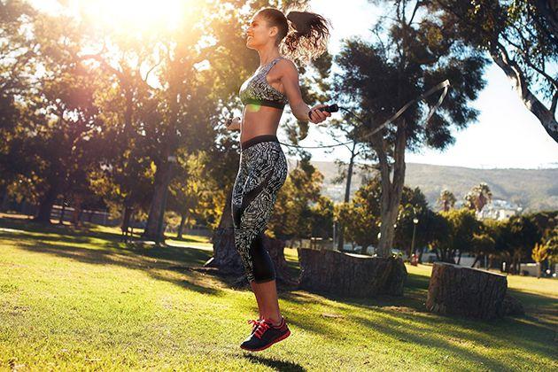 Tập thể dục thể thao đều đặn là cách giảm cân tại nhà hiệu quả