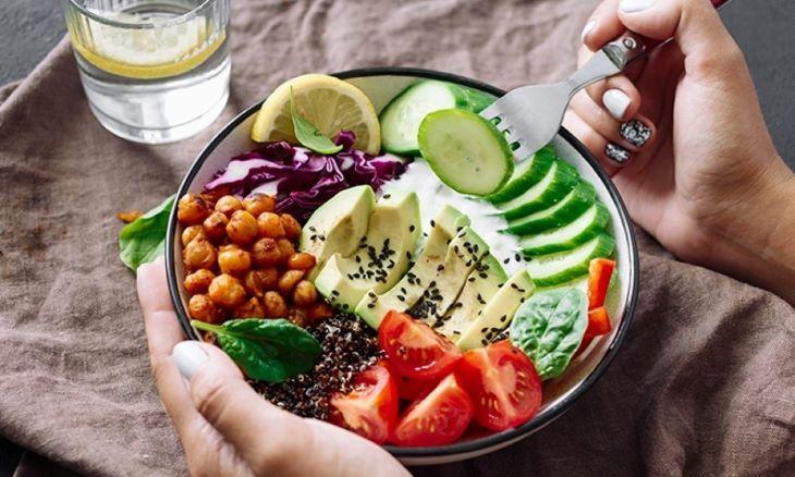 Thực đơn ăn kiêng giảm cân trong 1 tháng cho chị em nội trợ