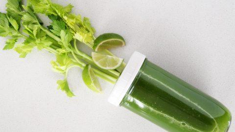 Uống nước ép cần tây thúc đẩy quá trình trao đổi chất nhanh chóng