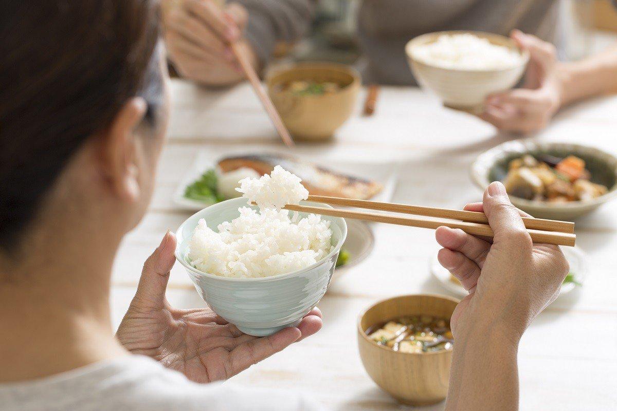 Hạn chế ăn cơm ít nhất có thể bởi cơm chứa giàu tinh bột - nguyên nhân gây béo hàng đầu
