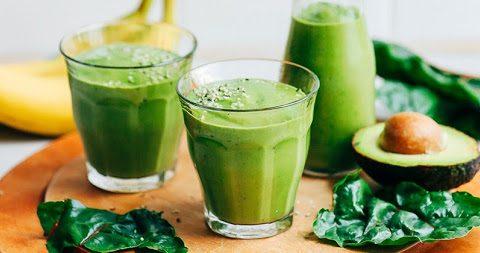 sinh tố bơ uống cùng nước trà xanh có giảm cân không