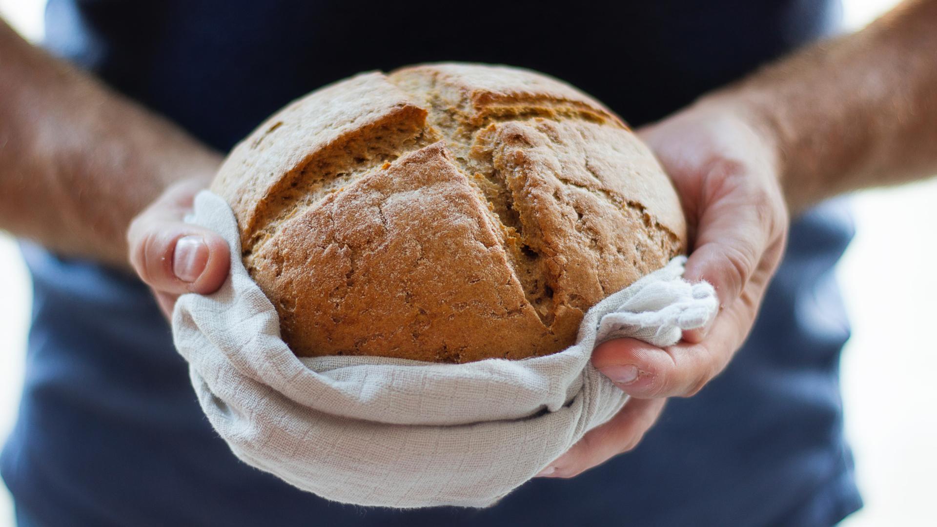 Ăn bánh mì có béo không?
