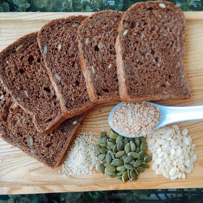 Những lưu ý khi giảm cân bằng bánh mì hiệu quả tại nhà