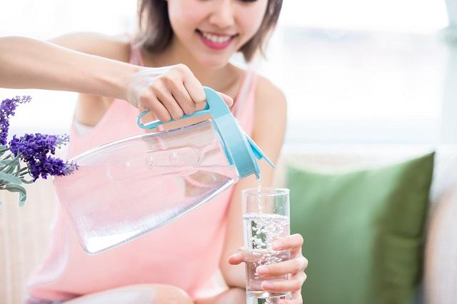 uống nước giảm cân ăn tết