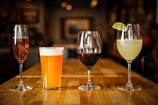 hạn chế uống cồn để giảm cân nhanh đón tết