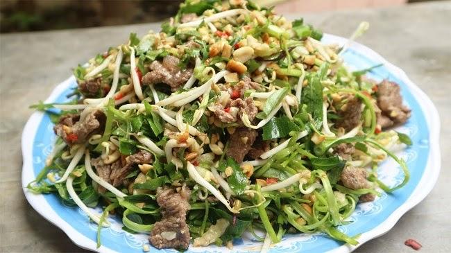 Nộm rau muống thịt bò giảm béo