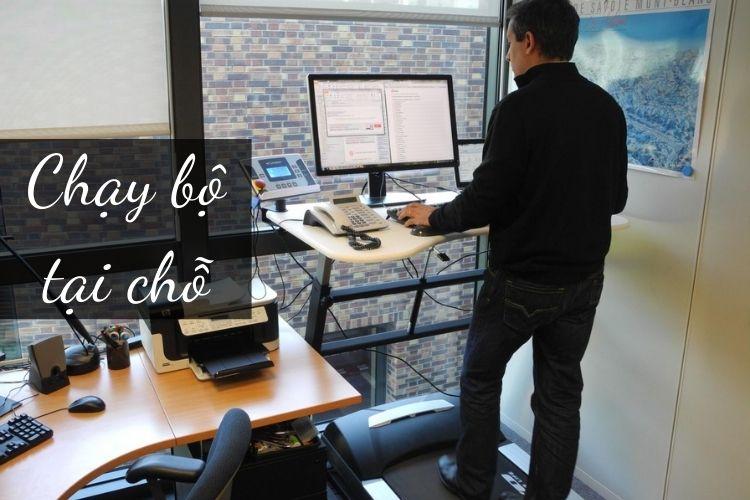 Chạy bộ tại chỗ là biện pháp khá hữu ích và phù hợp với dân văn phòng đang muốn giảm cân