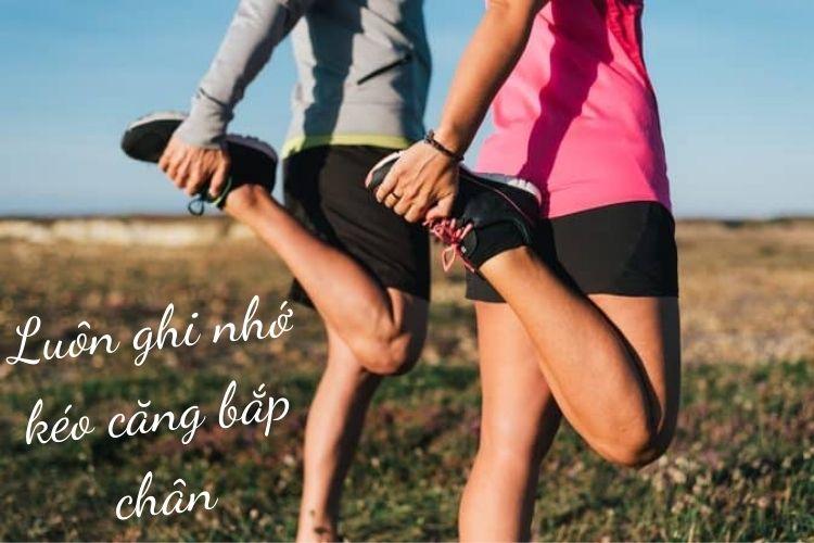 Kéo căng bắp chân vừa là để giảm mỡ, vừa giúp thư giãn vùng bắp chân cực tốt