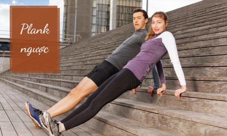 Plank ngược đánh vào một số cơ bụng trên sâu giúp giảm mỡ hiệu quả